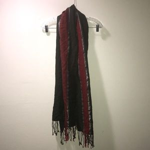Scarf 🧣 with Fringe - Olive Red Silver